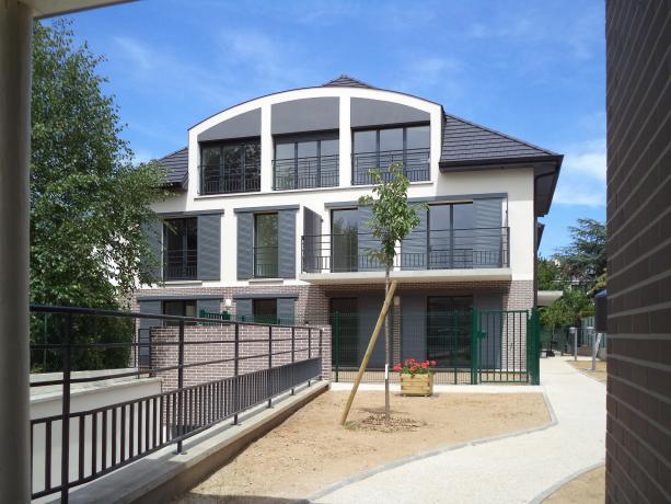 les projets d 39 architecture de l 39 agence habitat collectif oha. Black Bedroom Furniture Sets. Home Design Ideas
